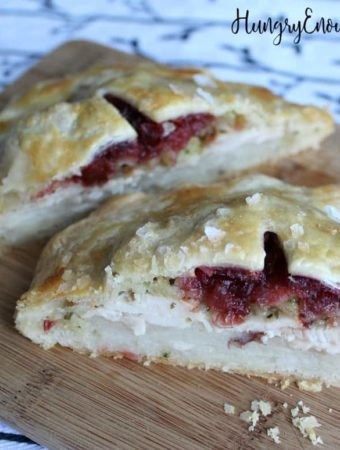 Sliced open Thanksgiving leftovers hand pies