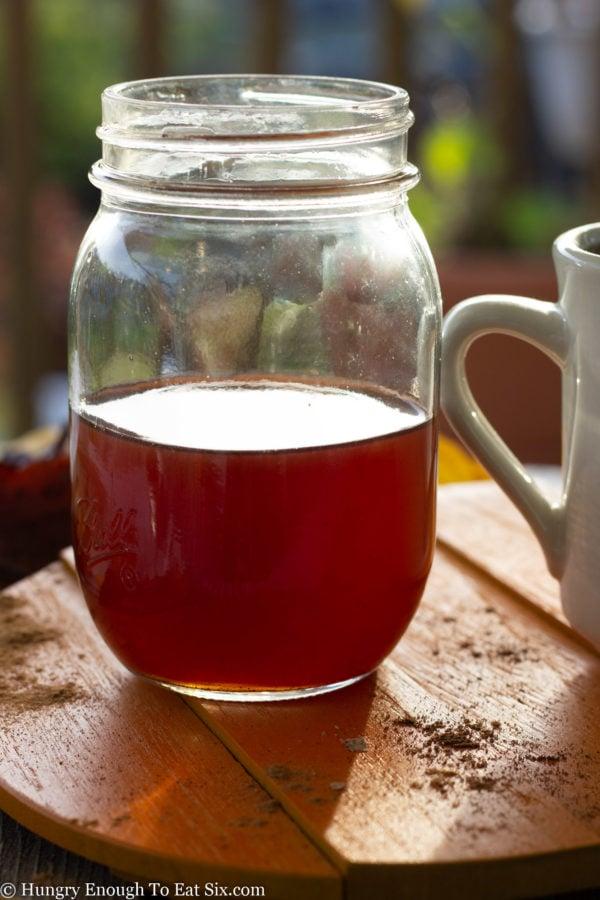 Mason jar of brown stryup