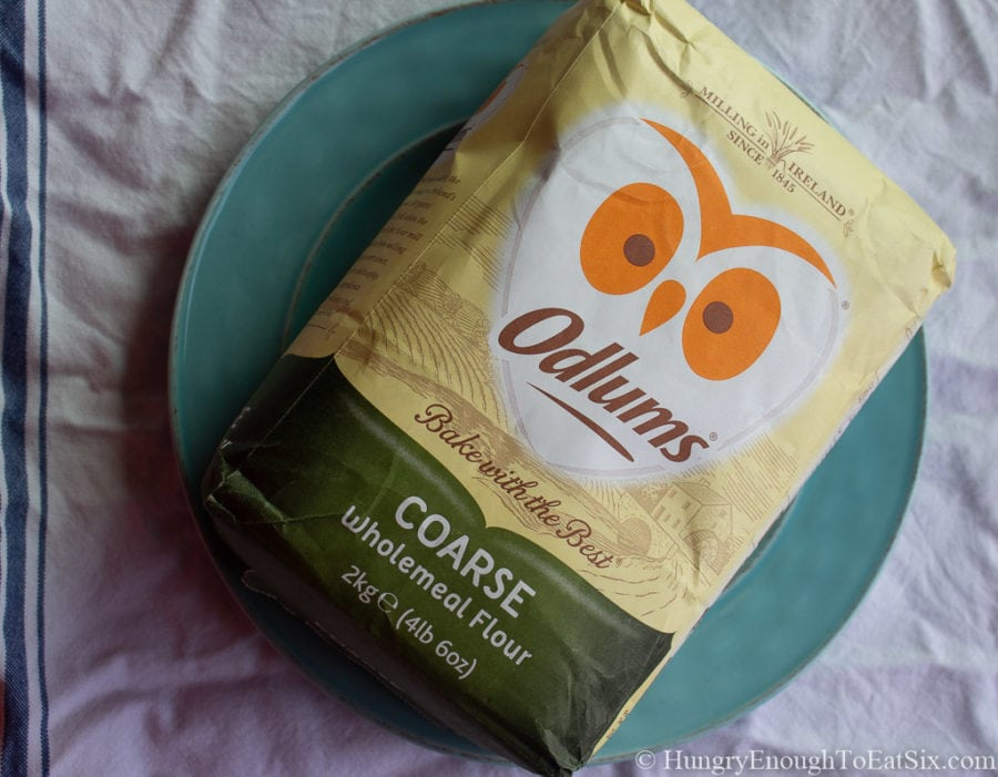 Bag of Irish Odlum's Coarse wholemeal flour.