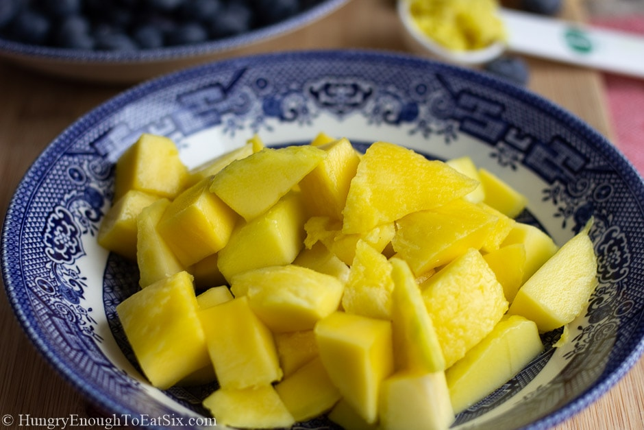 Image of diced mango in a bowl