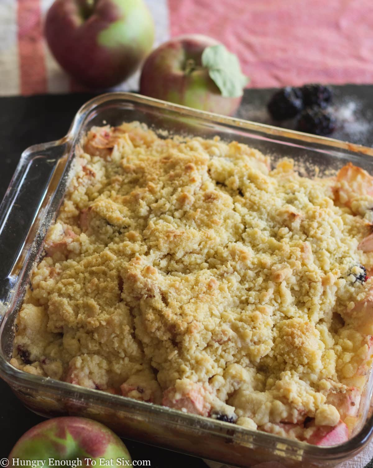 Crumble topped fruit in dish