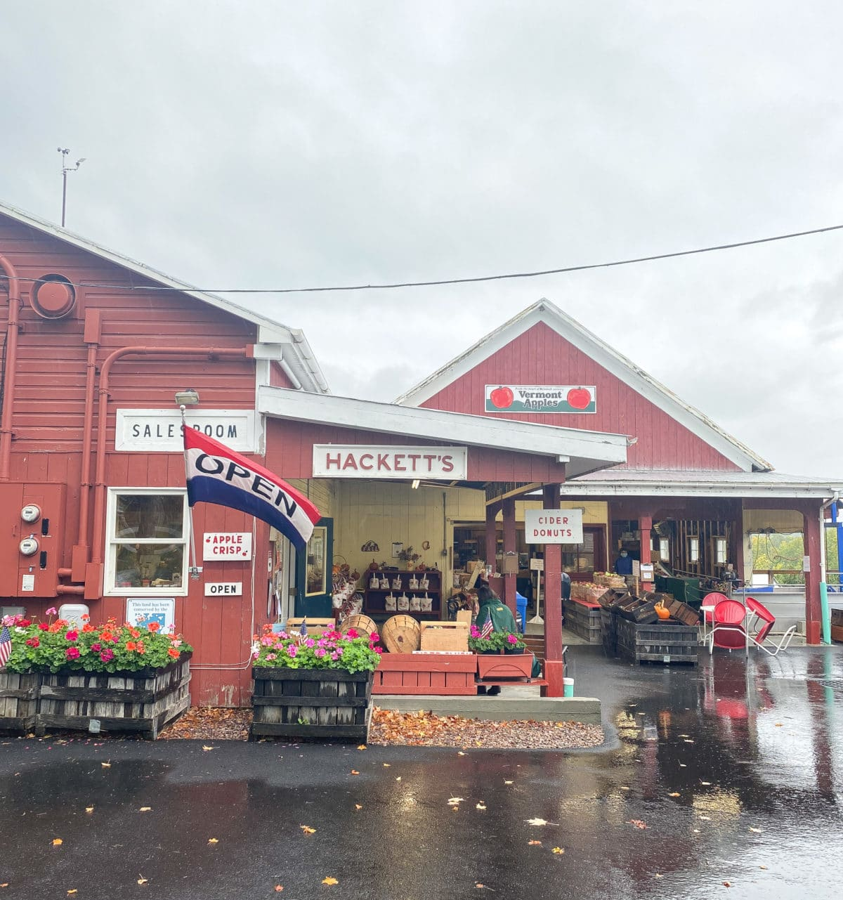 Red farm stand buidling